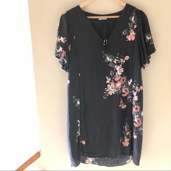 Gentle Fawn short sleeve floral shift dress
